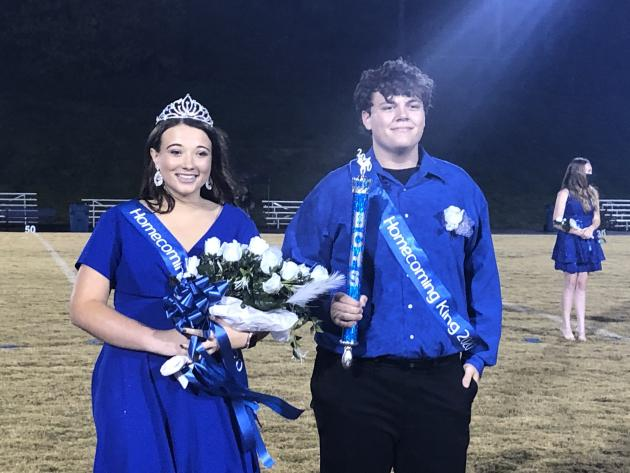 Queen Leslee Washer and King Jonah Akers