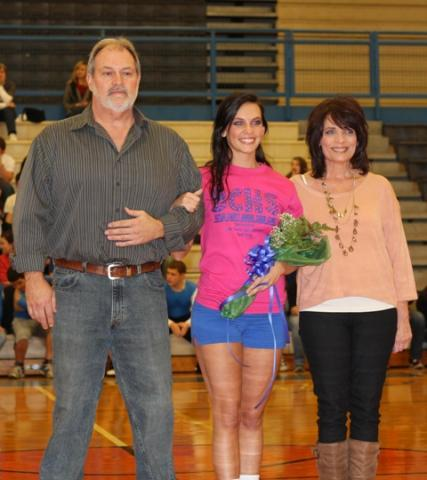 Raven Brooks with parents Tim and Cindy Brooks.