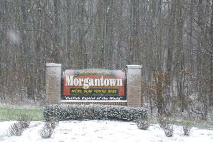 Falling snow in Morgantown