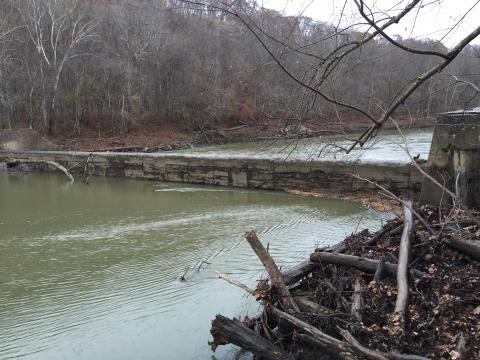 Upstream face of Ogee Weir Dam, Green River Dam #6