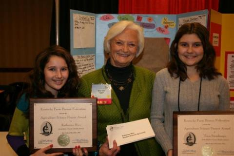 Seventh grader Katherine Rice (left) and sixth grader Taya Strasburger (right),