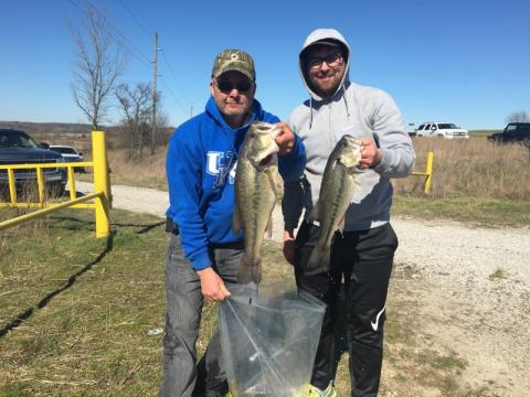 Pat Grubb and Elijah Flener taking 1st place with 14.24 lbs