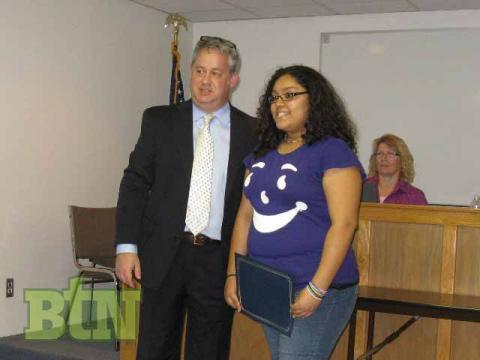 Superintendent Scott Howard and BCMS student Nekeyah Gray
