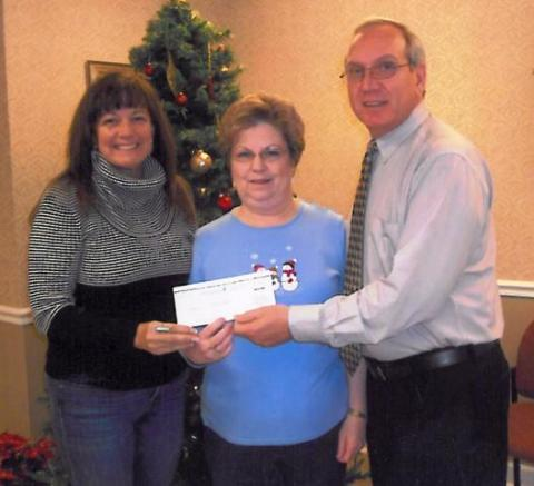 Debra Hall, Nancy Cox, and Robert Downey, Modern Woodmen Representative