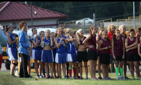 Butler County Varsity girls team on the line before the 5k race.