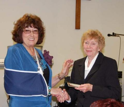 Shirley Allen, of MCRC and Volunteer of the Year, Iris Moore